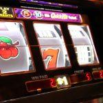Игровые автоматы на реальные деньги онлайн или бесплатный режим, что выбрать современному геймеру